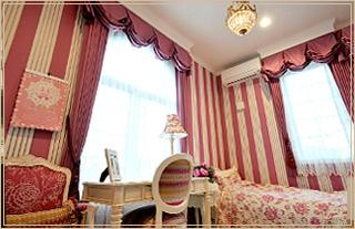 カーテンとペルシャ絨毯の提案販売