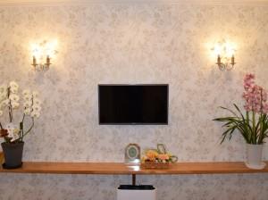 店舗改装のプランニング及びコーディネート:造作、照明、壁紙、カーテン、看板のデザインの施工