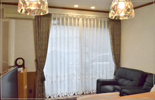 カーテンレール、カーテン、照明器具の吊り替え