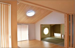 38:壁紙、カーテンのコーディネート及びカーテンの施工