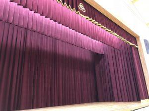 49:緞帳及び舞台幕、カーテンの施工